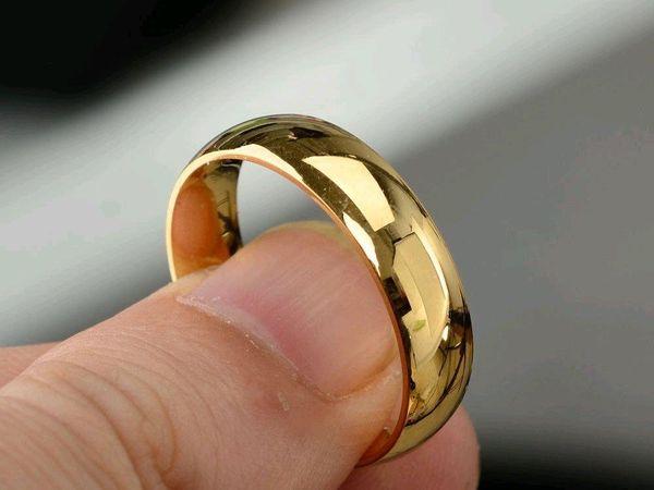 Лопнуло кольцо на пальце: к чему примета