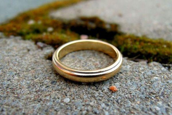 Потерять кольцо: примета