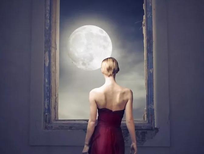 Можно ли смотреть на луну